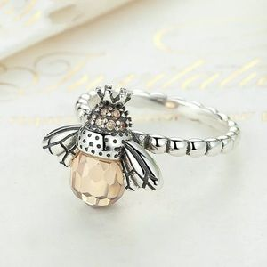 Queen Bee Fashion Silver Plated Ring Size 8